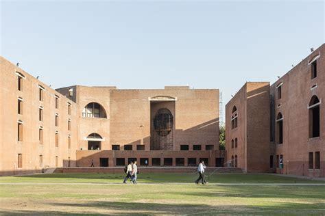 Louis Kahn > Indian Institute of Management  HIC Arquitectura