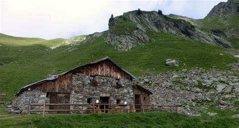 mont mirantin 2460m descente par le couloir sud est point 2428m