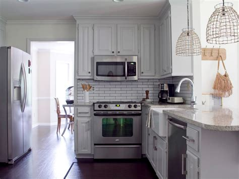 do it yourself backsplash kitchen do it yourself diy kitchen backsplash ideas hgtv