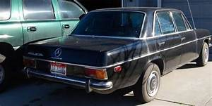 1972 Mercedes Benz 220d Diesel 4 Door Sedan Original