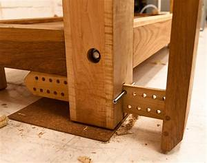 Split-top Roubo workbench - by denovich @ LumberJocks com