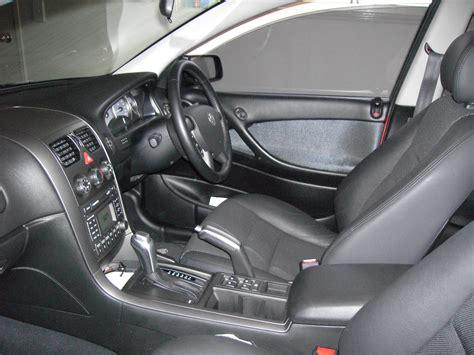 Holden Vz Commodore