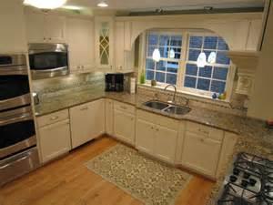 Stainless Kitchen Backsplash
