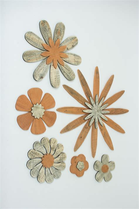 set of 6 wooden flower wall