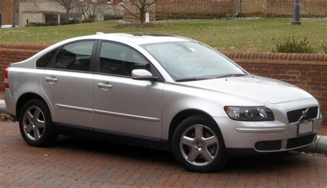 Volvo V50 18 2008 Auto Images And Specification
