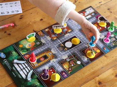 how to play clue detective fun activities for kids with cluedo junior free printable