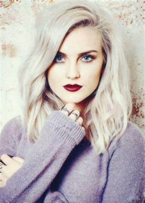 silber blond haare perrie edwards white platinblonde haare