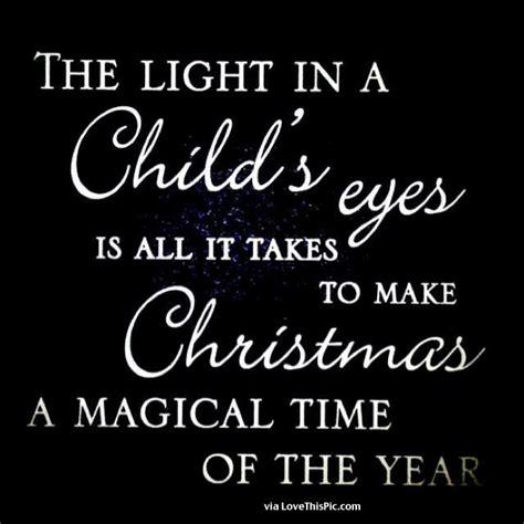 light   childs eye    takes