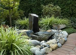 Wasserspiele Für Den Garten : brunnen und wasserspiele im garten selber bauen 70 bilder ~ Michelbontemps.com Haus und Dekorationen