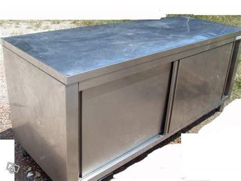 po麝e cuisine professionnelle armoire inox cuisine occasion table de lit