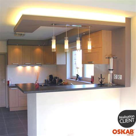 plan de maison avec cuisine ouverte idée relooking cuisine cuisine ouverte moderne avec bar séparateur implantation en u ouvert