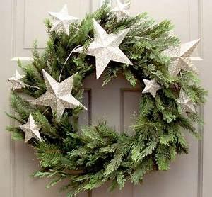 christmas wreath evergreen w stars