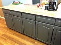 paint for cabinets Using Chalk Paint to Refinish Kitchen Cabinets - Wilker Do's