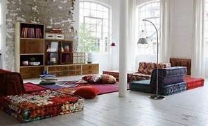 mettre en valeur mon vieux canape avec des plaids With tapis chambre bébé avec coussin xxl pour canapé