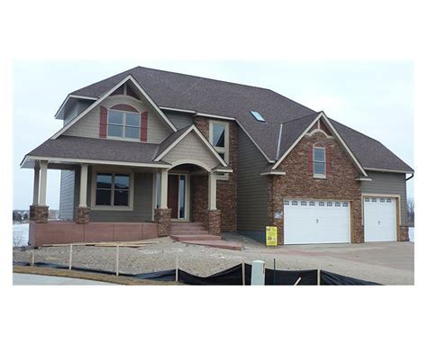 Two Story Showcase Home Plan   Two Story Great Room Floor