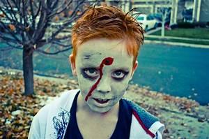 10 Best Zombie Costume Ideas For Halloween 2018