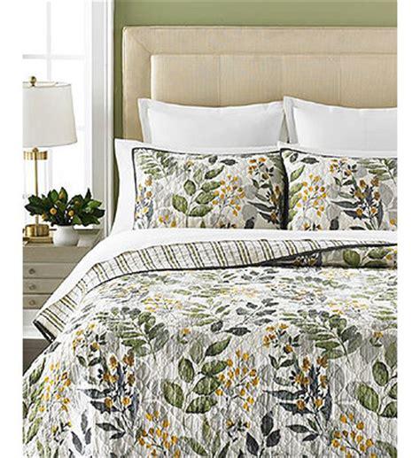 martha stewart quilts martha stewart collection clarewood quilts quilts bedspreads bed bath macy s