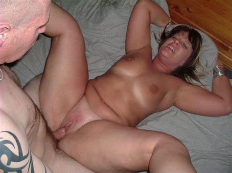 Student Curvaceous Shorthair Lady Masturbates With Toy On Homemade