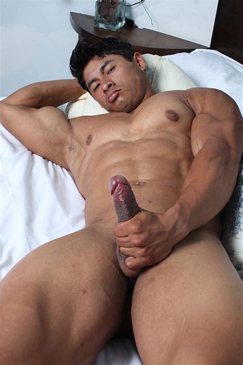 ko ryu muscle hunks ripped asian stud naked men pics