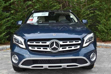 Find out what body paint and interior trim colors are available. Used 2020 Mercedes-Benz GLA GLA 250 4MATIC SUV for sale in ...