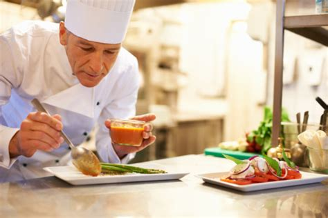 chef cuisine what does an executive restaurant chef do cooking