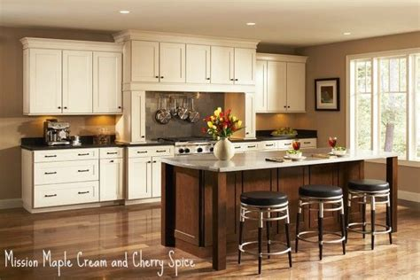shenandoah kitchen cabinets colors 1000 ideas about colored kitchens on
