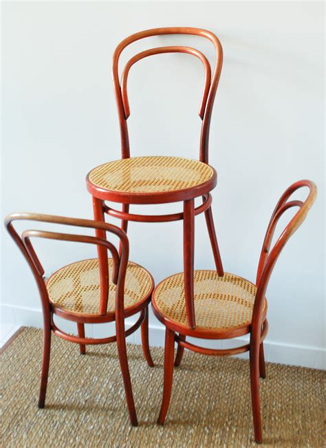 chaises thonet chaise bistrot thonet radomsko mes petites puces