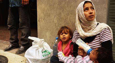syrias war economy exacerbates divide  rich