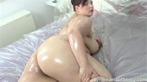 Young German Bbw Jill Oiled Up Porno Movies Watch