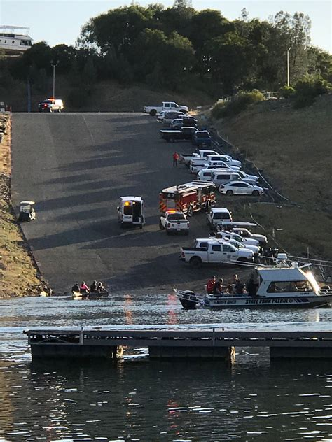 Boat Crash Update by Update Memorial Service For Who Died In Boat Crash At