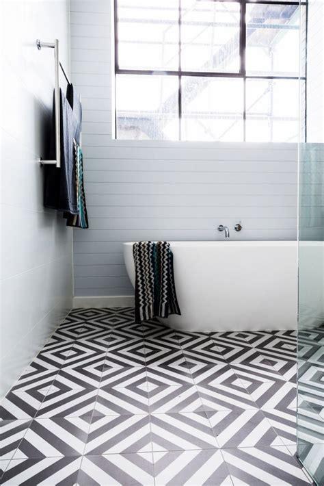Badezimmer Bodenfliesen by 15 Elegante Ideen F 252 R Badezimmer Fliesen