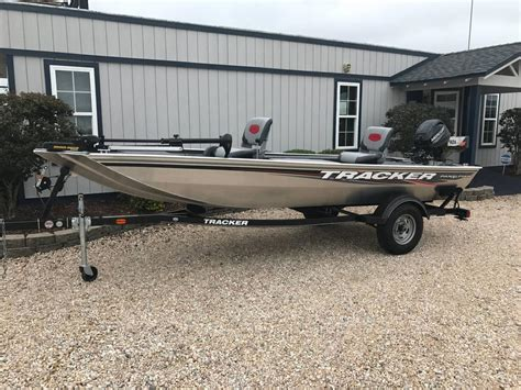 Used Tracker Fishing Boats by 2016 Used Tracker Panfish 16 Freshwater Fishing Boat For
