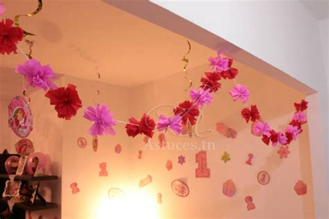 decoration avec papier crepon guirlande de pompons en papier cr 233 pon guide astuces