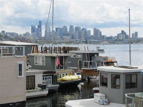 Boat House For Sale Seattle by Houseboat For Sale Seattle Afloat Seattle Houseboats