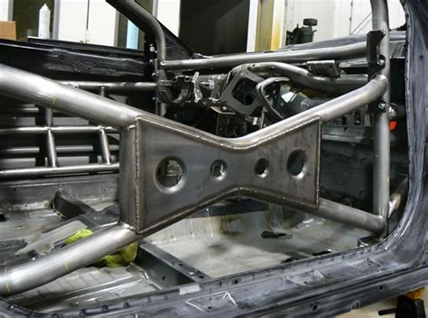 gusset roll cage google search roll cage metal fabrication expedition vehicle