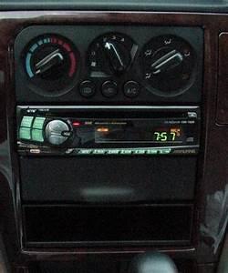 2001 Subaru Outback Stereo