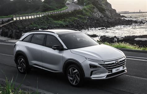 production hyundai nexo hydrogen fuel cell suv appears  ces