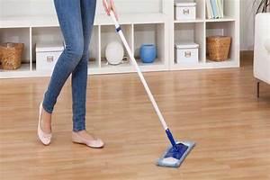 Čistící prostředky na podlahy