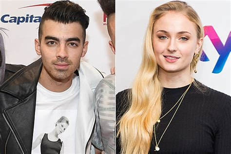 How To Make Dating Official by Joe Jonas Turner Seemingly Make Their