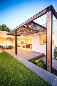 Pergola Holz Modern : patio ideas for small gardens casino elements arbors on ~ Michelbontemps.com Haus und Dekorationen