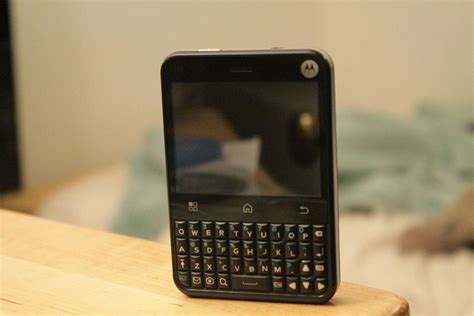 Motorola Charm - Wikipedia