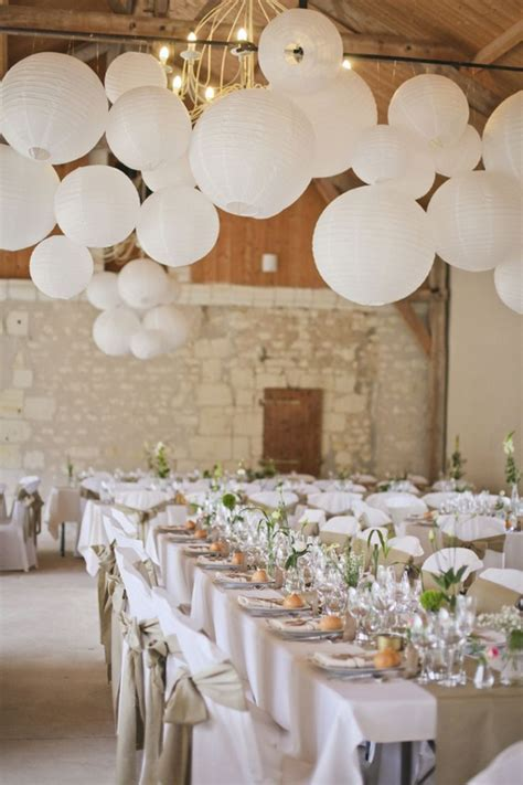 20 Beautiful Wedding Lanterns With Hanging On Lights