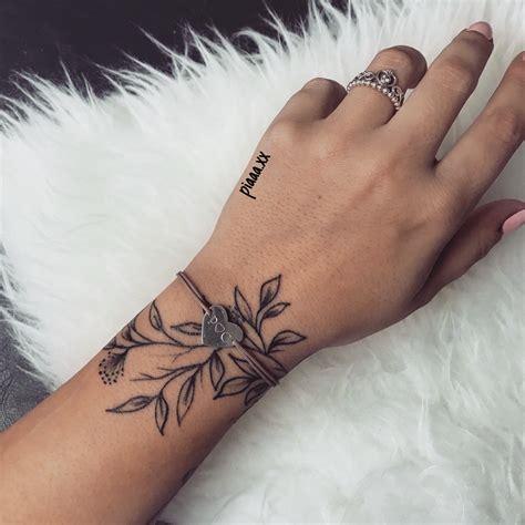 Tattoos Am Handgelenk Vorlagen by Bl 228 Tter Handgelenk Tattoos
