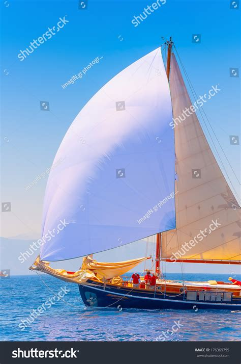 Bow Of Old Boat by Bow Old Classic Wooden Sailing Boat Stock Photo 176369795