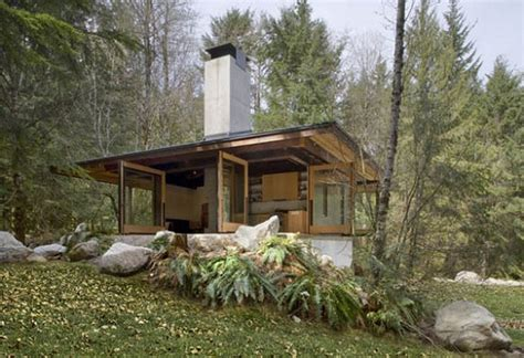 cabins in washington compact river cabin in washington by kundig architects