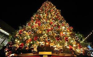 Decorated Christmas Trees Wallpaper Hd ~ idolza