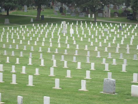 File:Confederate graves, Austin, TX IMG 2137.JPG