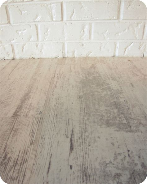 distressed laminate flooring       rid