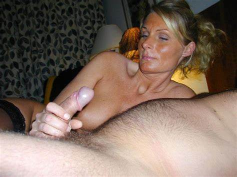 Hubby Kept Staring At Her Aunty Stepmom Jerks Off Boyfriend With Couples Finger