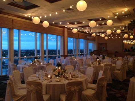 Lido Beach Resort   beach wedding reception venues in Sarasota, Florida   Florida Beach Weddings